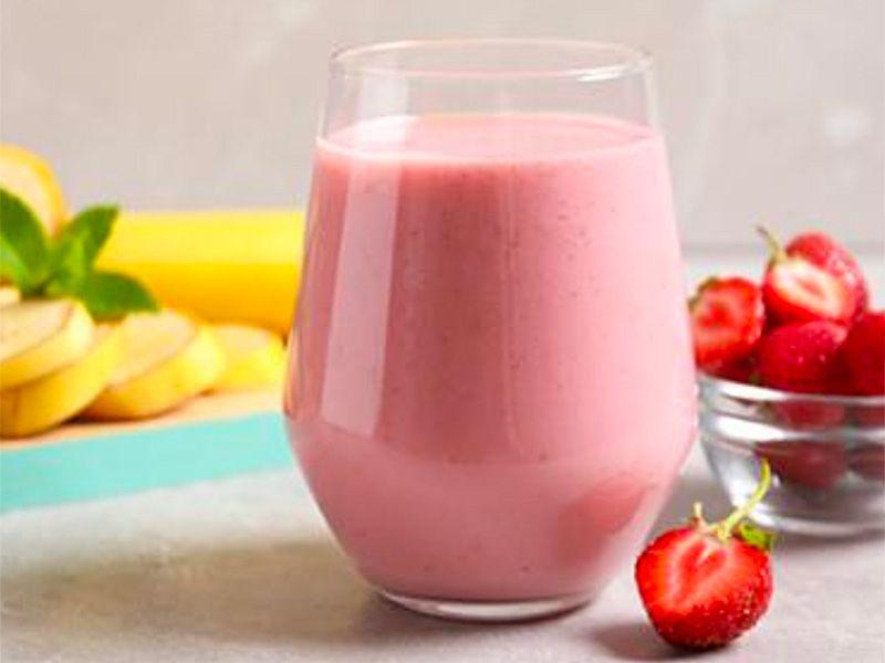 Fruit and Yogurt Breakfast Shake