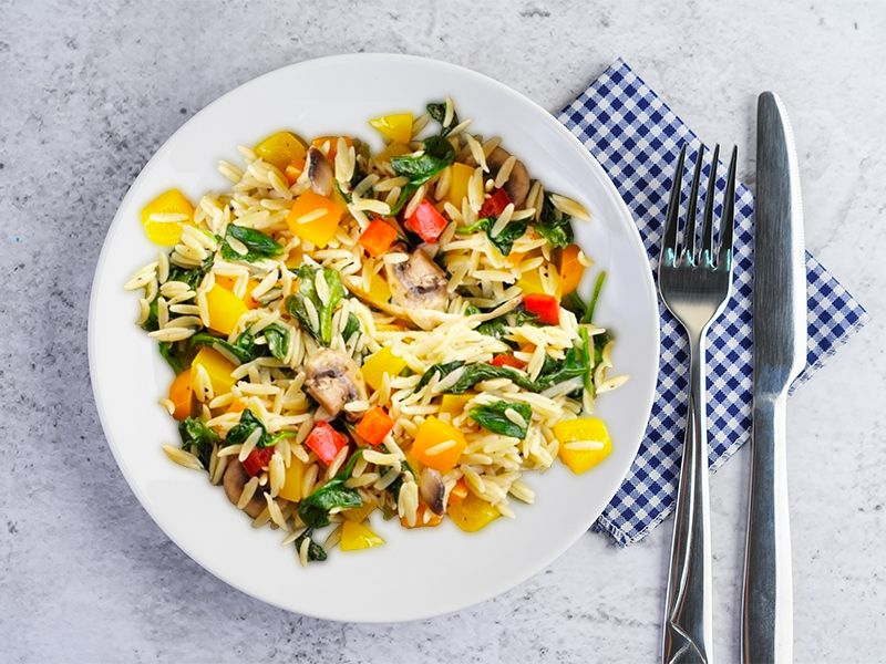 Orzo with Peppers and Spinach